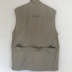 Columbia GRT Omni Dry 16 pocket Utility Vest Men's